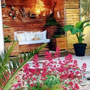 Coin détente dans le jardin